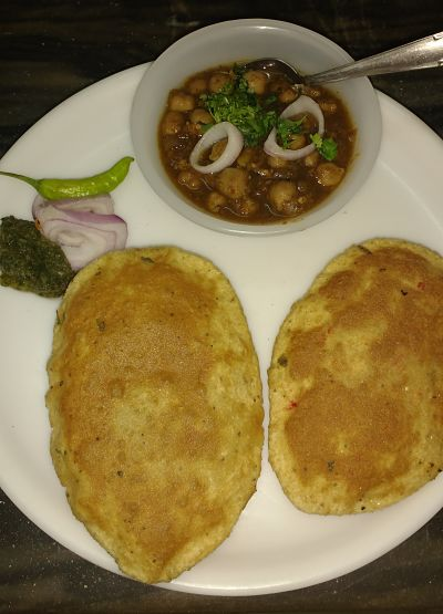 Chane with instant bhature